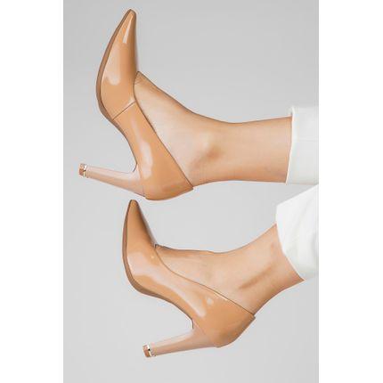 Sapato-Piccadilly-Scarpin-Detalhe-Dourado-No-Salto-Bege