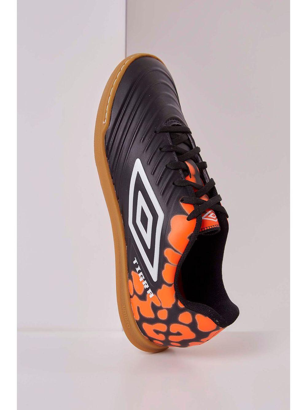 Chuteira Umbro Tigra Futsal Preto - pittol 1a21c7d4f4570