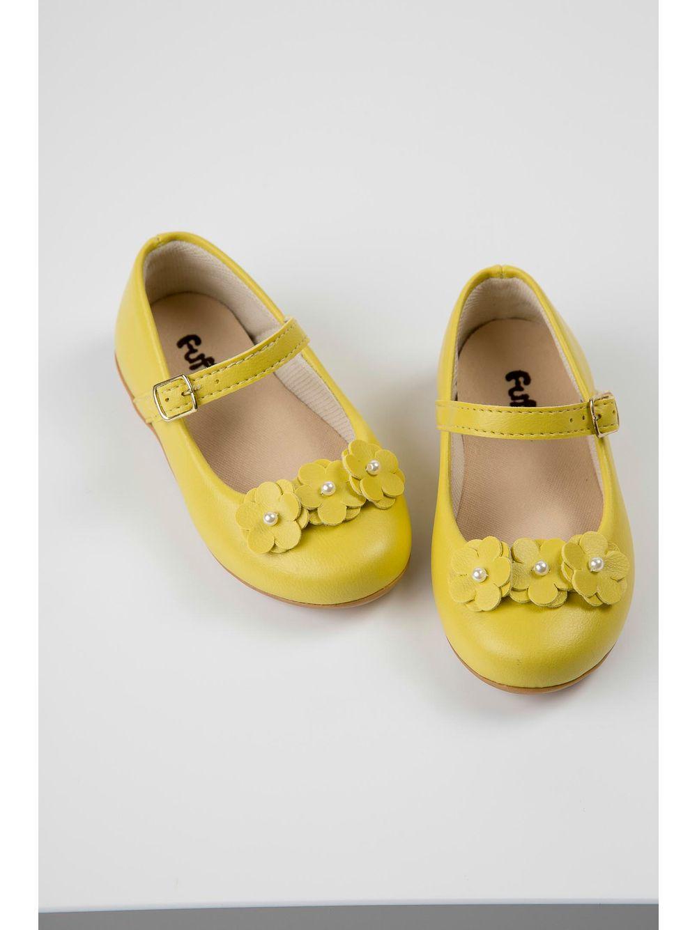 819c472193 Sapatilha Boneca Fuffy Flor Infantil Menina Amarelo - pittol