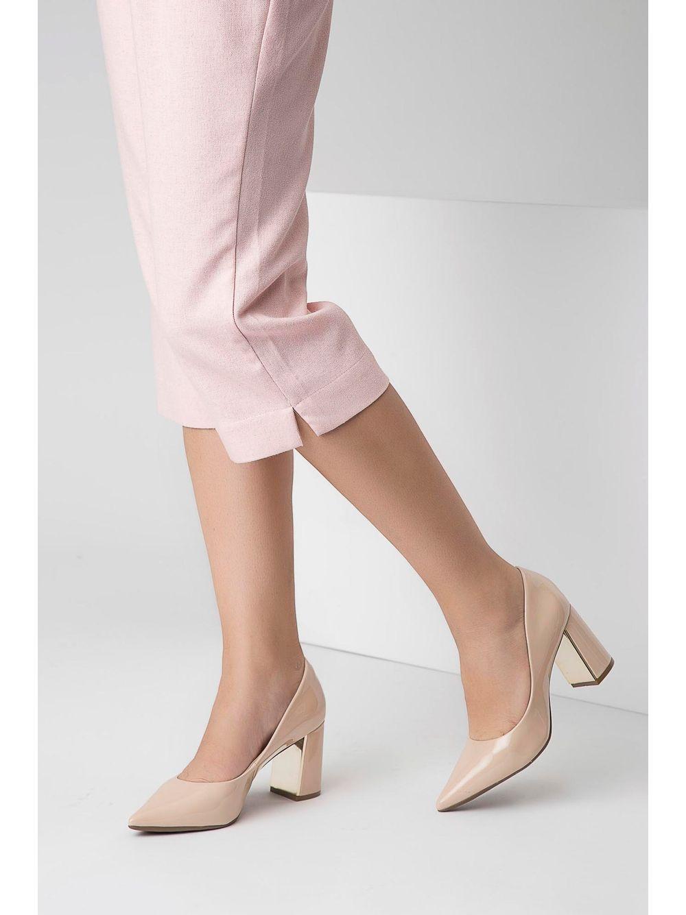 9b9f933635 Sapato Bebecê Verniz Salto Grosso Metalizado Nude - pittol