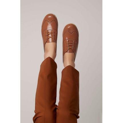 Sapato-Oxford-Moleca-Perfuros-Caramelo