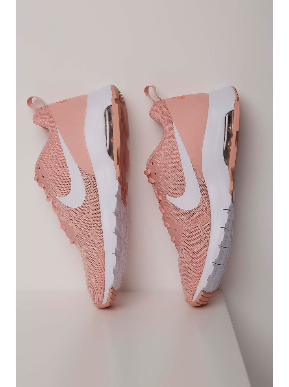 c0449b349d Tênis Nike Air Max Motion Rosa - pittol