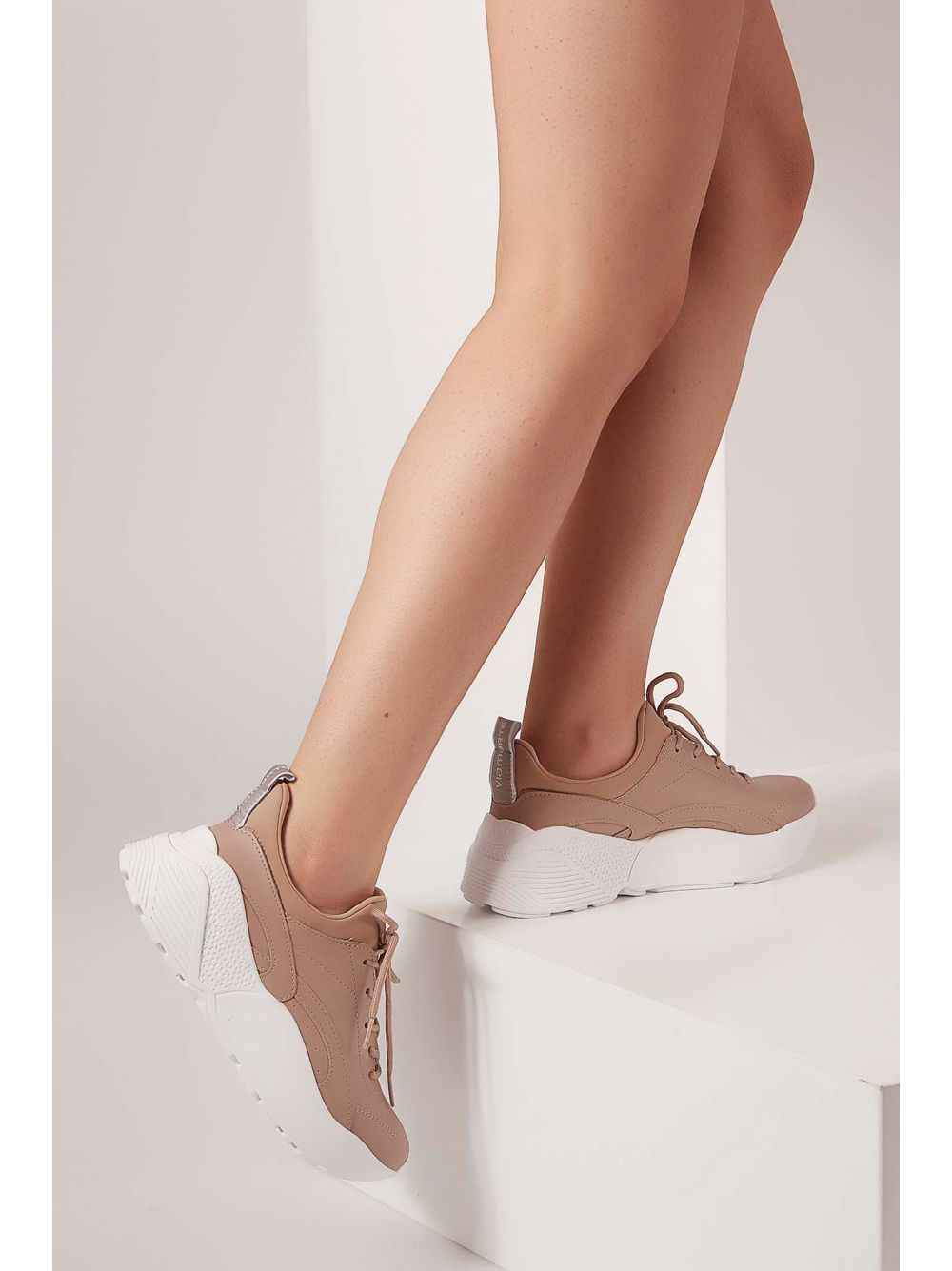 963222a531 Tênis Casual Via Marte Chunky Sneaker Bege - pittol