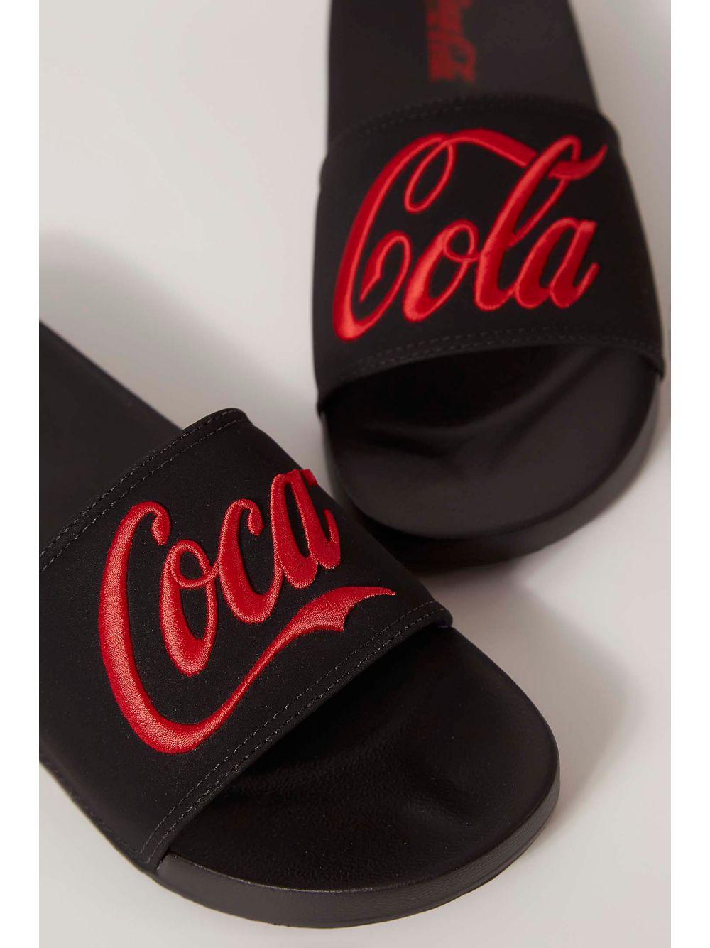 7574e9080 Chinelo Slide Coca Cola Preto - pittol