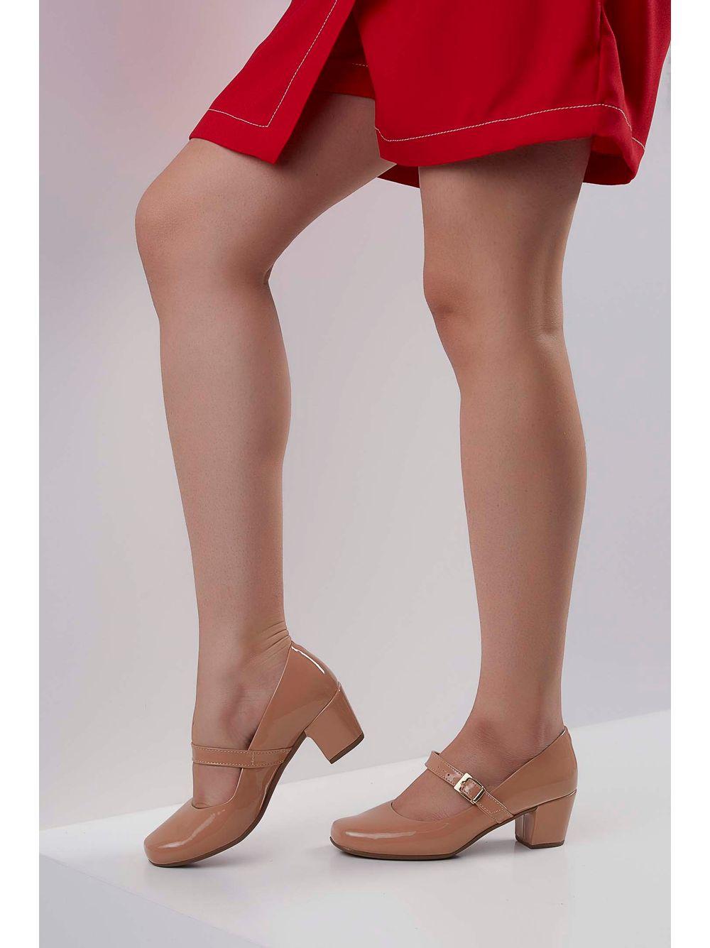 1bf30845da Sapato Bella Salto Boneca Verniz Nude - pittol