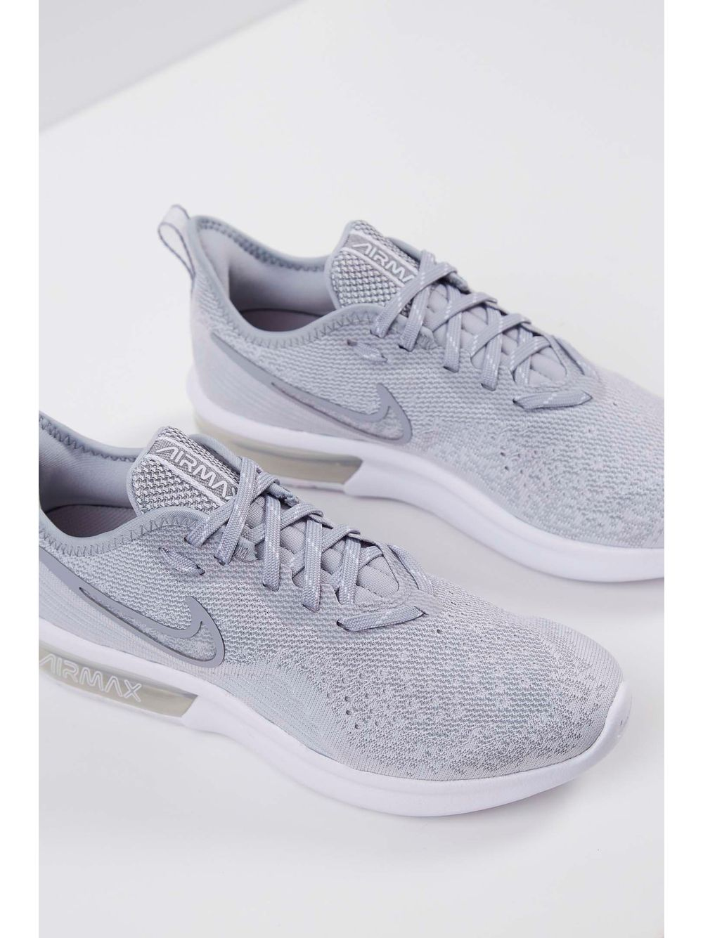 c328c811c21 Tênis Nike Air Max Sequent 4 Cinza - pittol
