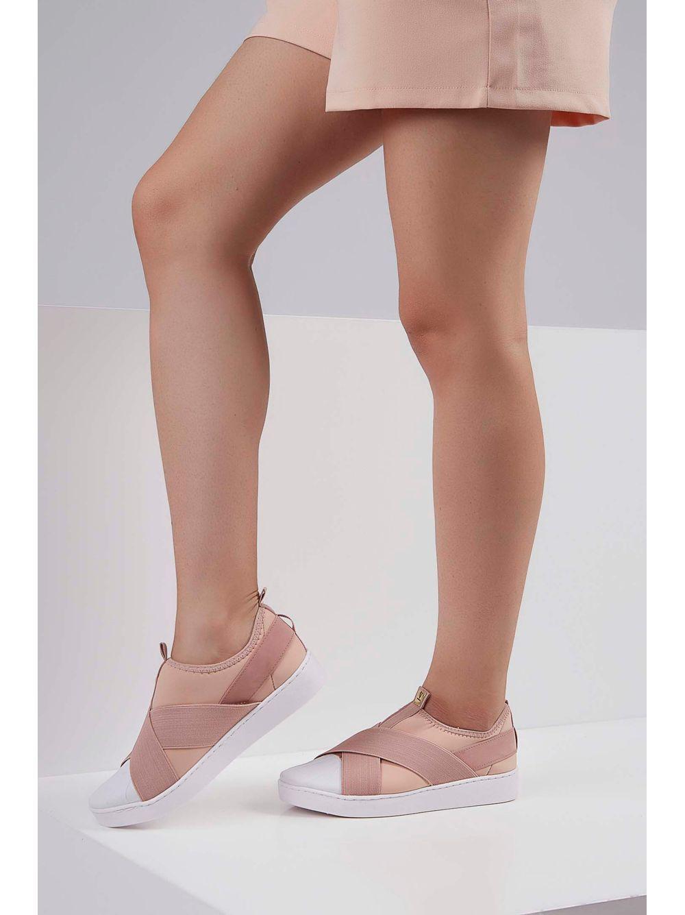 c04514a01a pittol · Calçado Feminino · Tênis · Casual. 10%. Previous