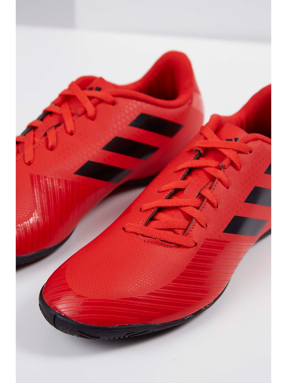Tênis Adidas Artilheira Iii In Vermelho - pittol 1f42a1fee98be
