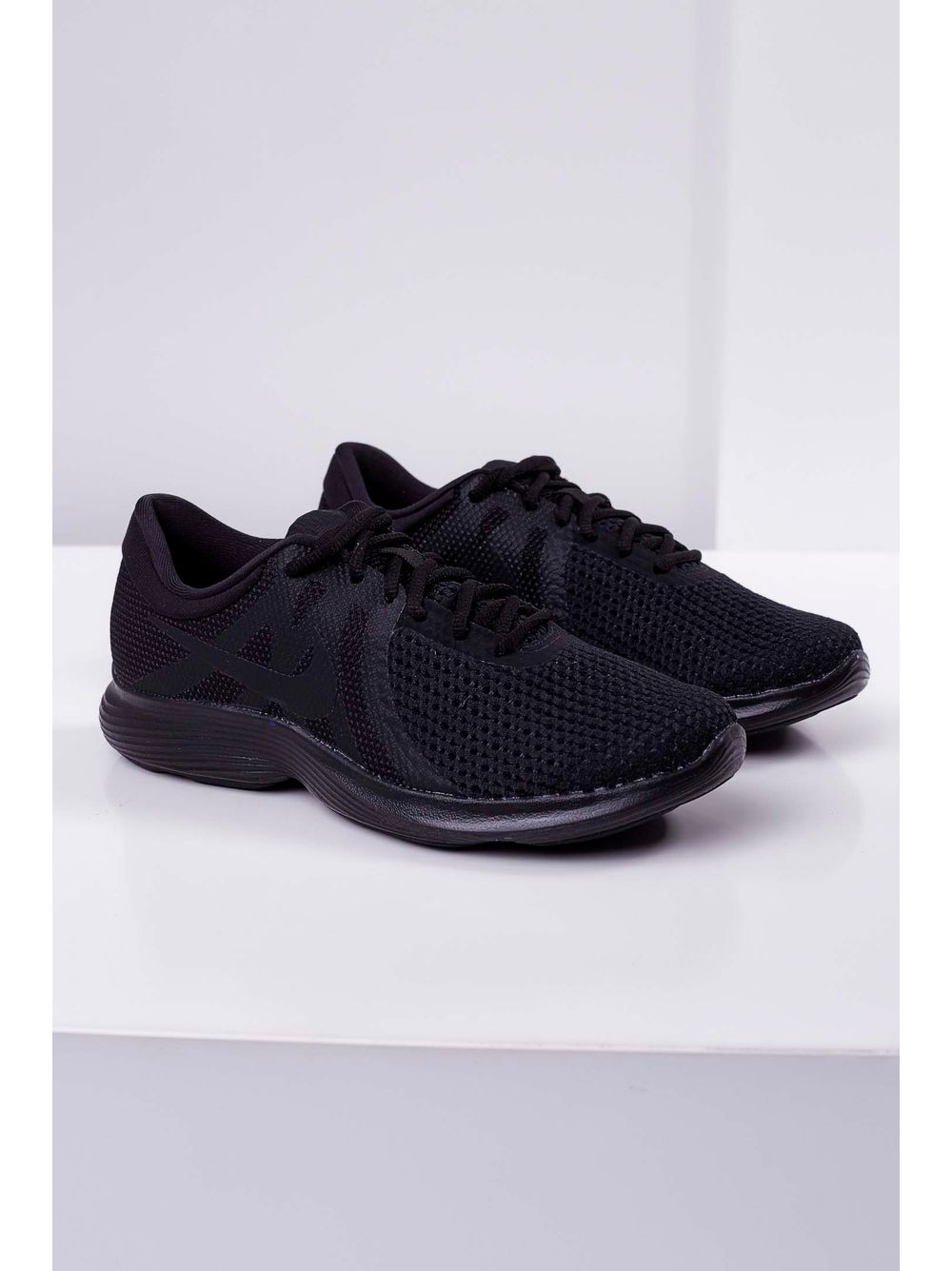 Tênis Corrida Nike Revolution 4 Preto - pittol fa30e69ebd393