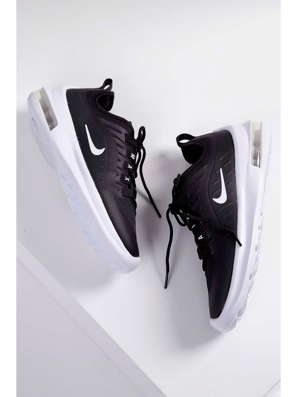 240cd58ed4b Tênis Nike Air Max Axis Preto - pittol
