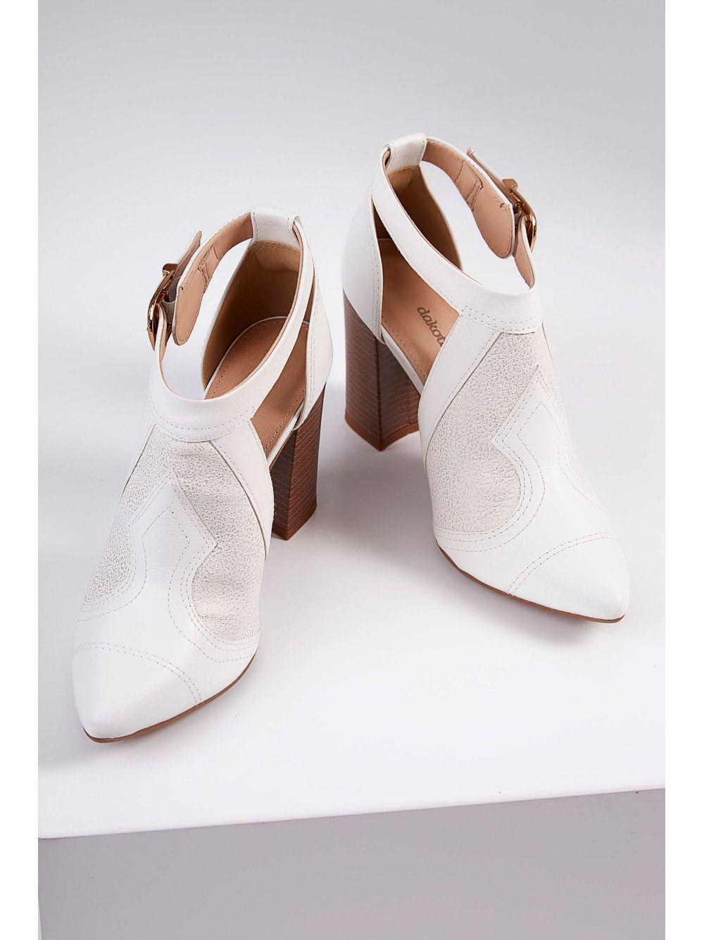 bfe4a3106 Sapato Feminino Dakota Salto Bloco Fivela Branco - pittol