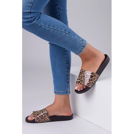 Chinelo-Slide-Moleca-Verniz-Animal-Print-