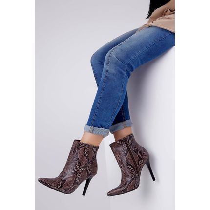 Bota-Ankle-Boot-Via-Marte-Cobra-West-Salto-E-Bico-Fino-Marrom