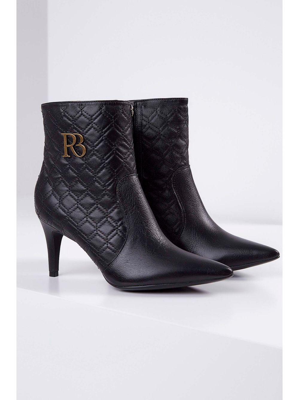 f9d6c96e85 Previous. Bota-Ankle-Boot-Raphaella-Booz-Napa-Logo-Preto ...