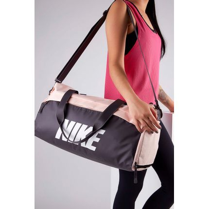 Bolsa-Nike-Radiate-Training-Club-Rosa