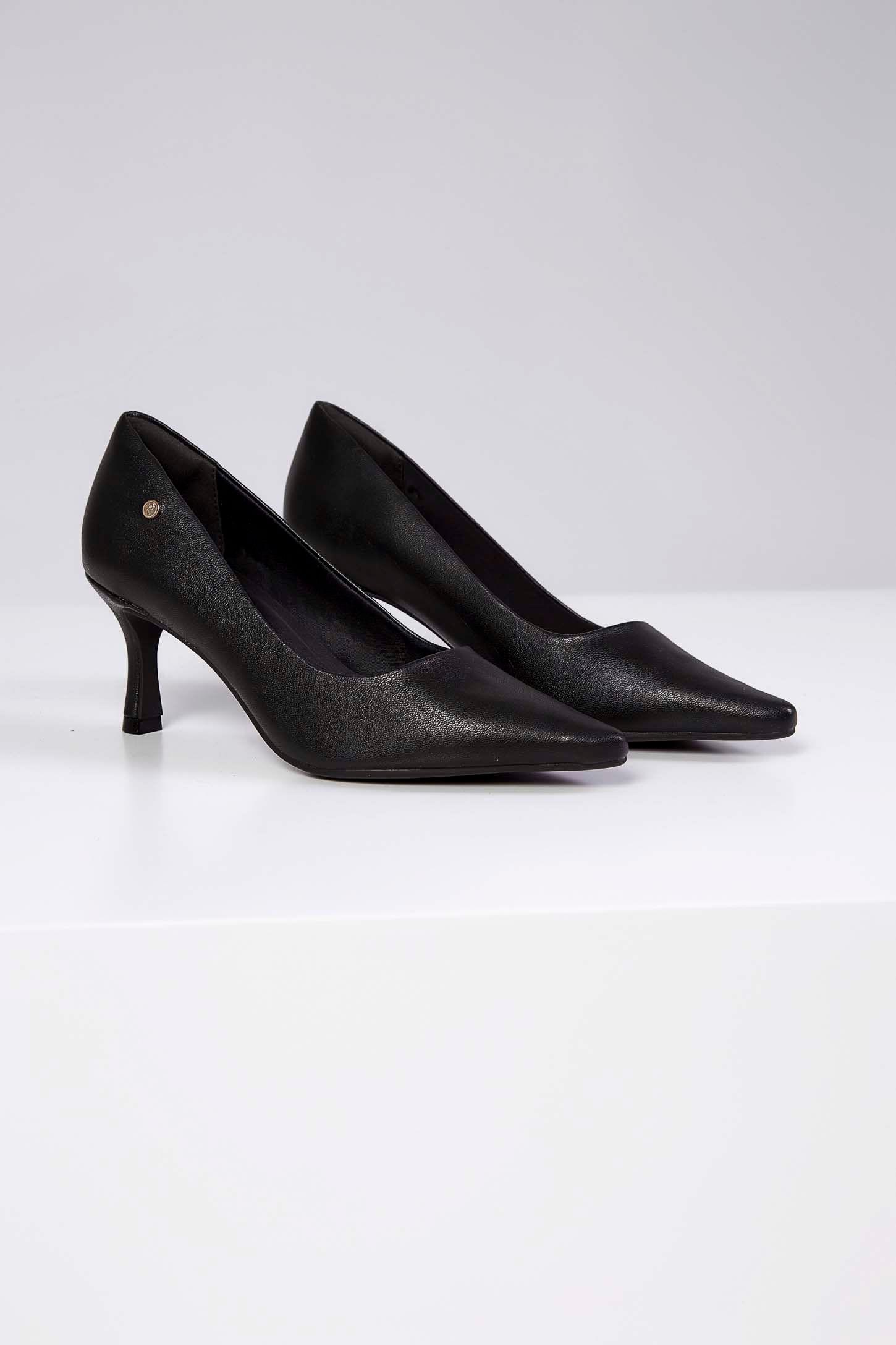 Sapato-Scarpin-Ramarim-Preto
