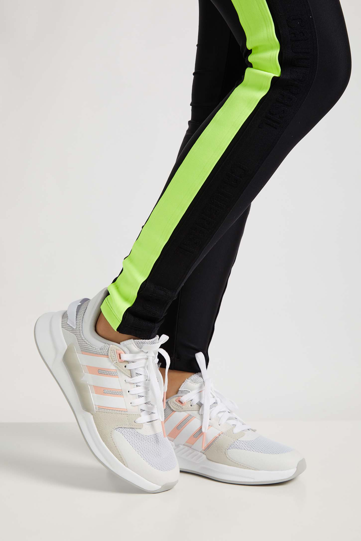Tenis-Corrida-Feminino-Adidas-Run90s-Branco